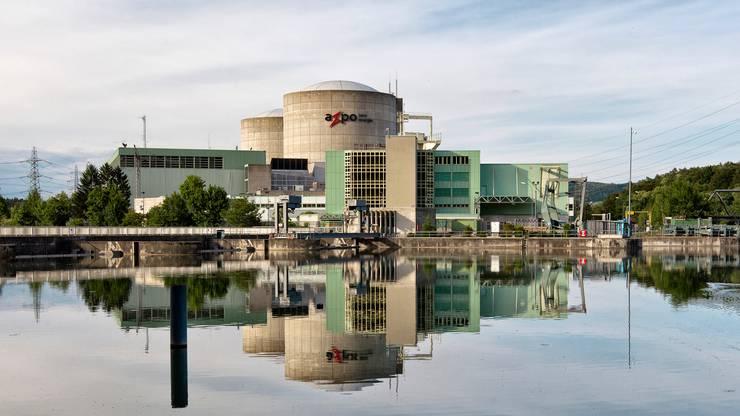 Das Kernkraftwerk Beznau befindet sich auf der gleichnamigen Insel in der Gemeinde Döttingen.