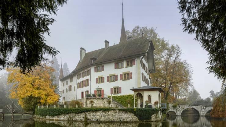 Ist nun auch in einem Kunstführer verewigt: Das Schloss Landshut - das letzte Wasserschloss im Kanton Bern.