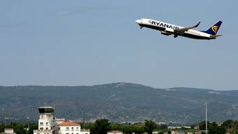 Viele der billigsten Airlines fliegen ab Zürich und Basel. Gut, dass die Ticketpreise dabei auf dem Boden bleiben.