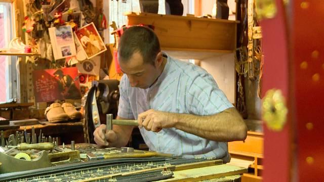 Traditionelle Handwerke: Der Sennensattler