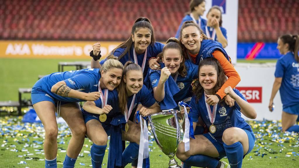Wir sind nun auch alles Cupsieger-Girls! FCL-Frauen holen sich Kübel!