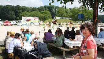 OK-Präsidentin: Claudia Zuber ist sichtlich erfreut über die vielen Teilnehmer an den Pferdesporttagen. (Markus Christen)