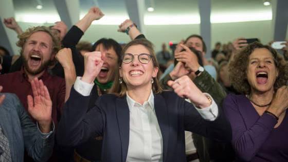 Franziska Ryser (28) freute sich am 20.Oktober über ihre Wahl in den Nationalrat. Sie präsidierte die Jungen Grünen St. Gallen und das St. Galler Stadtparlament
