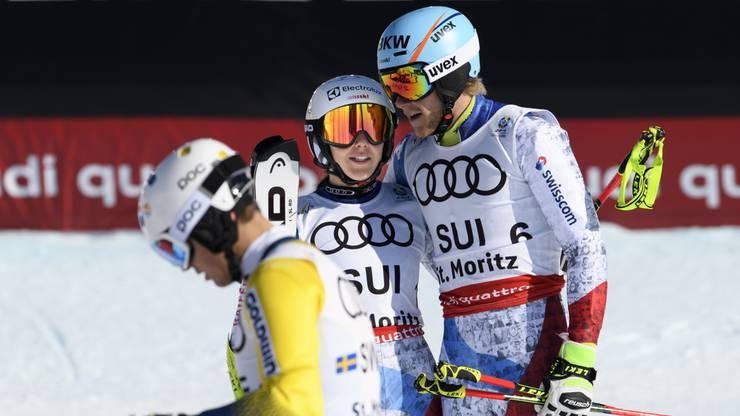 Wendy Holdener und Reto Schmidiger trösten sich gegenseitig.