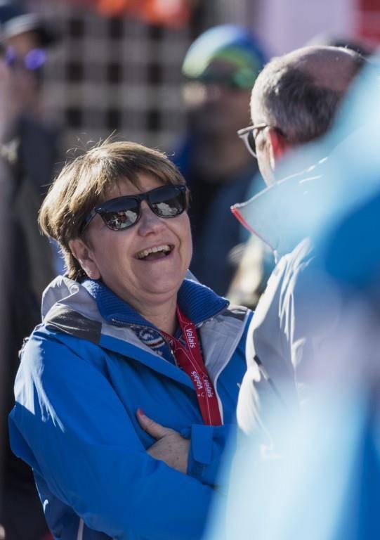 Auch CVP-Bundesrätin Viola Amherd ist gekommen, um sich die Abfahrt anzusehen.