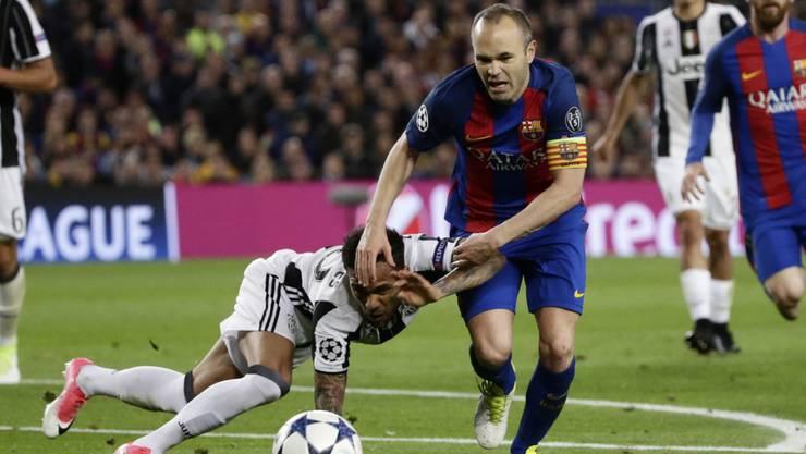 Dani Alves und Juventus Turin verteidigen gegen den FC Barcelona den 3:0-Vorsprung aus dem Hinspiel