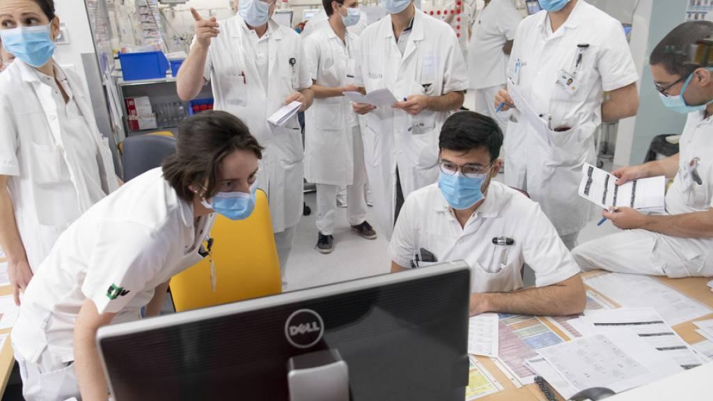 Unispital Lausanne schult Personal in Sachen Freundlichkeit