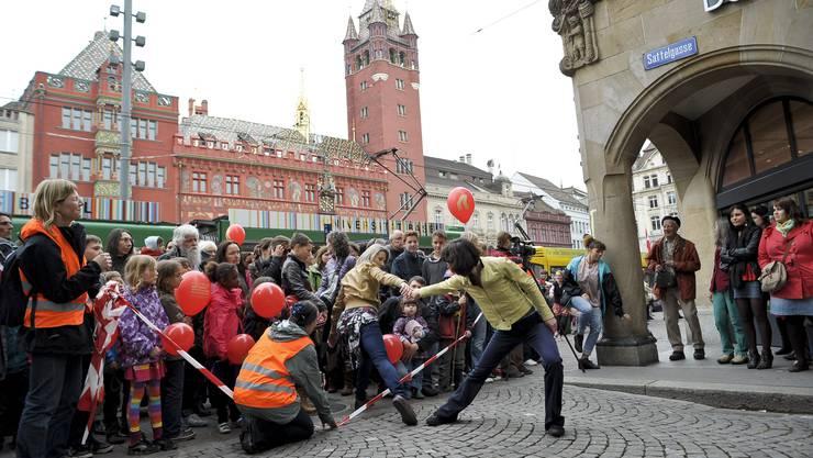 Tanz in der Sattelgasse beim Marktplatz