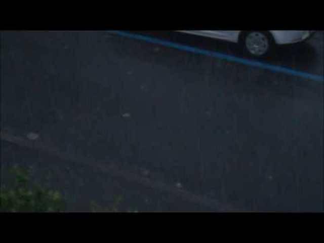 Blitz, Donner, aber vor allem heftiger Regen in Basel.