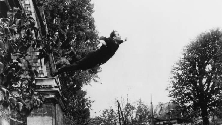 Der Traum von der grenzenlosen Freiheit der Kunst und des Menschen: Yves Klein (1960).
