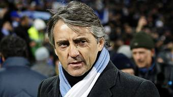Manchester Citys Trainer Roberto Mancini