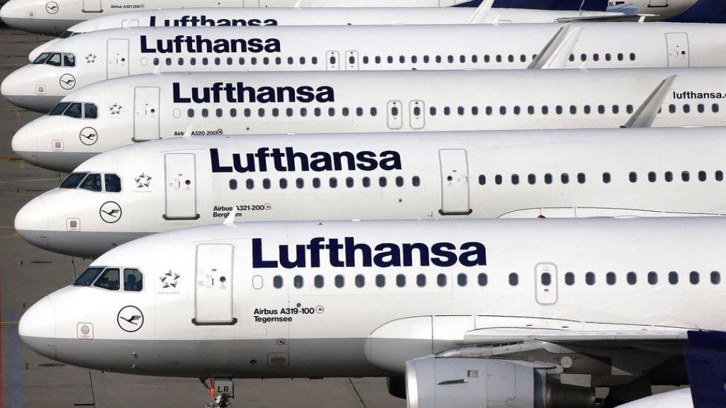 Gestutzte Flügel: die Flugbegleiter legten im November 2015 sieben Tage lang die Arbeit niedergelegt und damit den härtesten Streik in der Geschichte der Lufthansa organisiert.