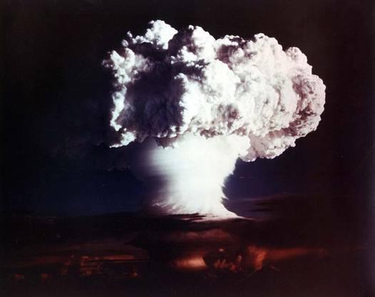 Ein Atomkrieg hätte alle anderen Voraussagen obsolet gemacht.