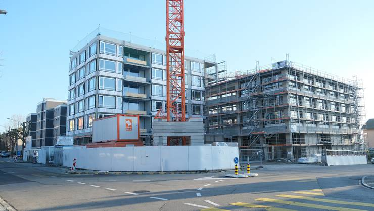 Im Dezember 2020 sind die ersten Wohnungen der Überbauung «Huebegg» bezugsbereit.