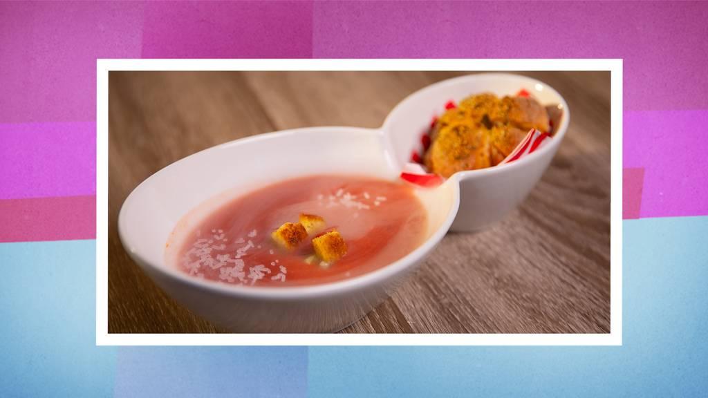 Gazpacho mit Kürbisbrot