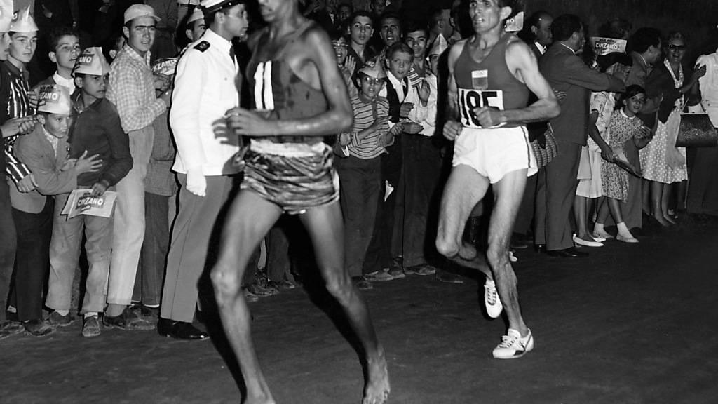 Abebe Bikila legte 1960 den Marathon in Rom barfuss zurück