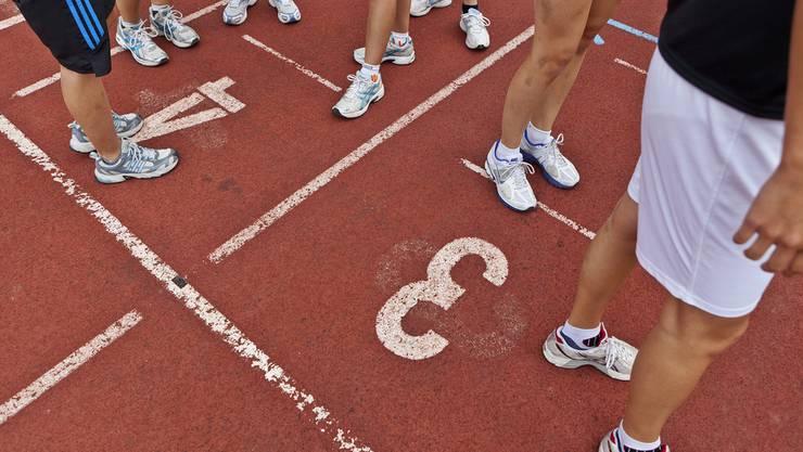 Der Sportunterricht wird auch in Zukunft für Gymischülerinnen und Schüler nicht promotionsrelevant sein.