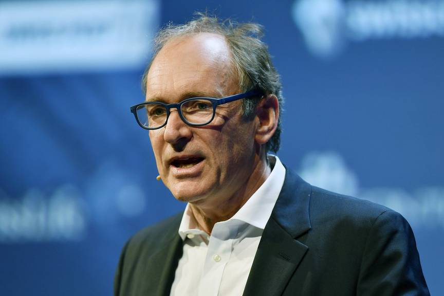 The English computer scientist Tim Berners-Lee, who invented the World Wide Web speaks during at the World Web Forum in Zurich, Switzerland, Tuesday, January 24, 2017. (KEYSTONE/Walter Bieri)