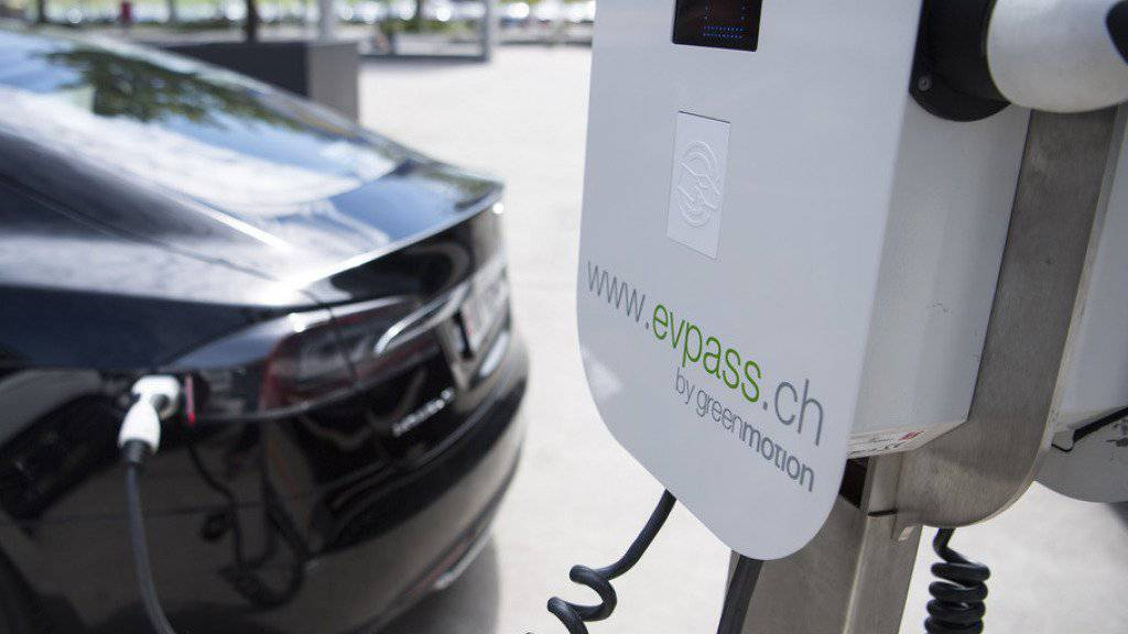 """Bis 2020 soll das """"Evpass""""-Netz 1600 Ladestationen umfassen. Im Bild eine Ladestation von Green Motion."""