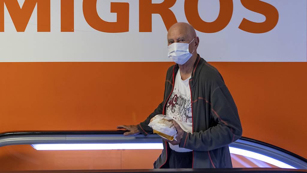 Migros stockt Kurzarbeitsentschädigung weiterhin auf 100% auf