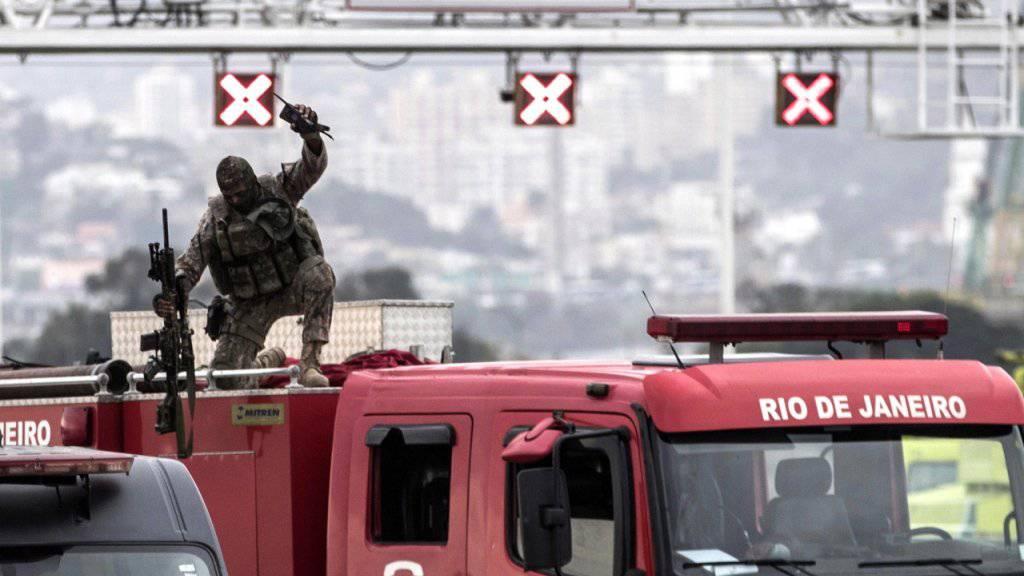 Rio: 194 Menschen von Polizisten getötet