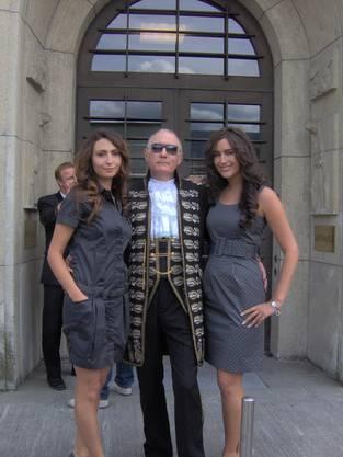 So trat John am ersten Gerichtstermin 2009 in Solothurn auf