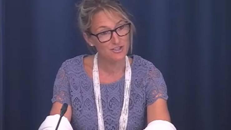 """Regierungsrätin Susanne Hochuli (Grüne) präsentierte am Donnerstag vor den Medien in Aarau den Bericht zur """"Gesundheitspolitischen Gesamtplanung 2025"""""""