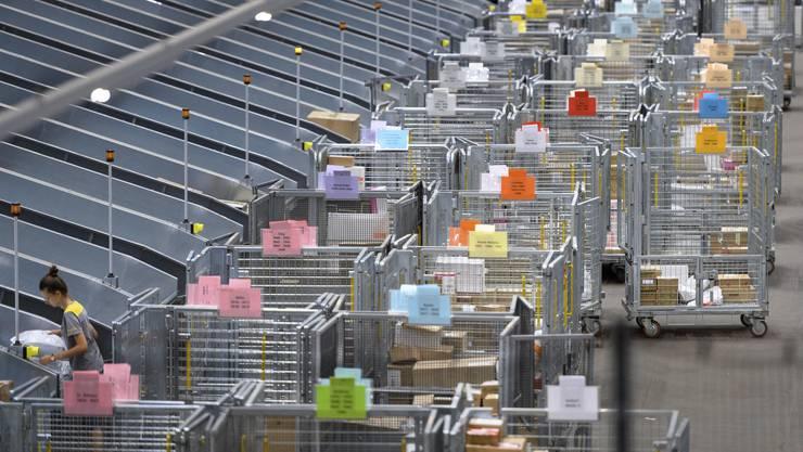 Die Post baut ihre Kapazitäten bei der Verarbeitung von Paketen weiter aus.