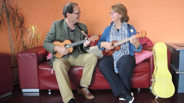 Vielseitig: Ueli und Tina Gygli spielen einige Stücke aus ihrem Repertoire.