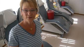 Zentrumsleiterin Magdalena Frenzen im Blutspendezimmer.  uby