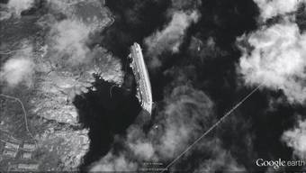 Die «Costa Concordia» vor der Ostküste der Insel Giglio.