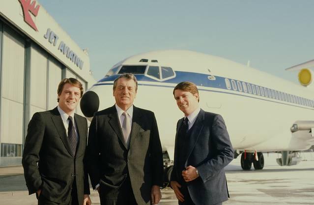 Thomas Hirschmann mit Carl Hirschmann sen. und Carl Hirschmann jun. (von links), Inhaber von Jet Aviation