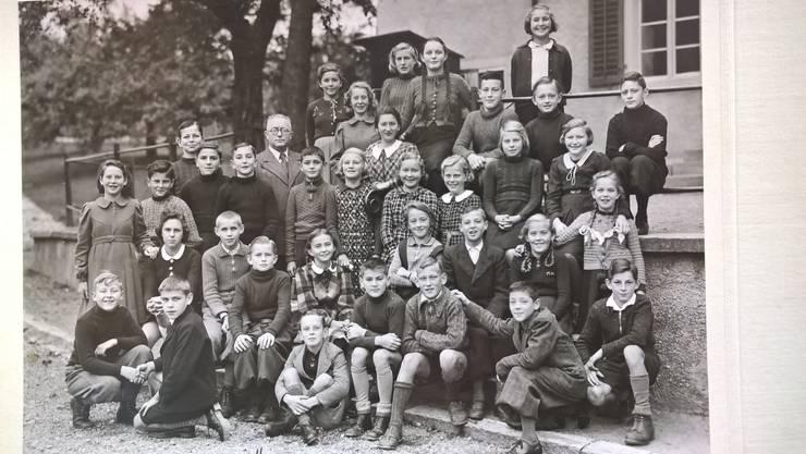 Klassenfoto 1940 mit Lehrer Rudolph Weber