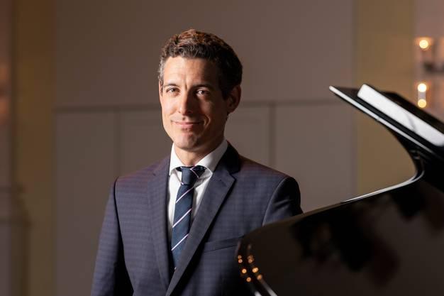 Xoán Castiñeira, Ex-Intendant des Argovia Philharmonic.