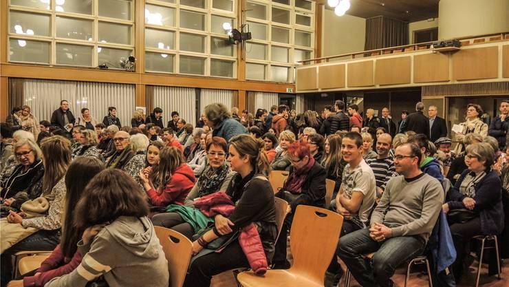 Auch an der achten Nacht der Begegnungen in Wohlen war der Chappelehofsaal schon früh sehr gut gefüllt.