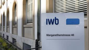 Für Kunden der Industriellen WerkeBasel(IWB) wird der Strom im nächsten Jahr erneut etwas billiger. (Archiv)
