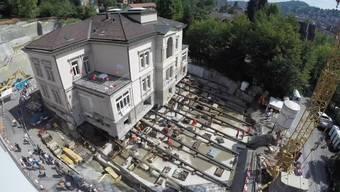 In St. Gallen wird die 3600 Tonnen schwere Villa Jacob verschoben. Sie gehört zum Alterszentrum Josefshaus und soll einem angrenzenden Neubau weichen.