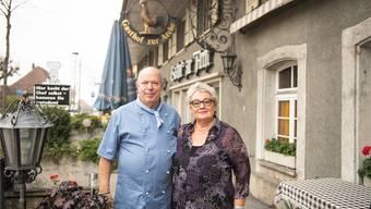 Das Wirtepaar des Gasthofs zur Arche in Arch, Bernhard und Marjana Hänni.