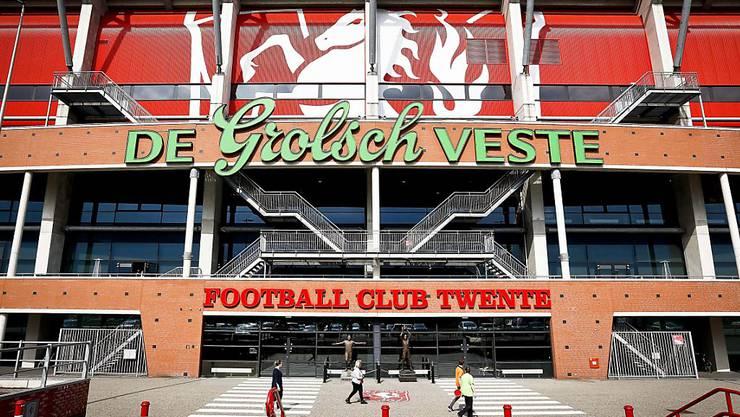 Im Stadion von Twente Enschede wird in der kommenden Saison nur Zweitliga-Fussball zu sehen sein