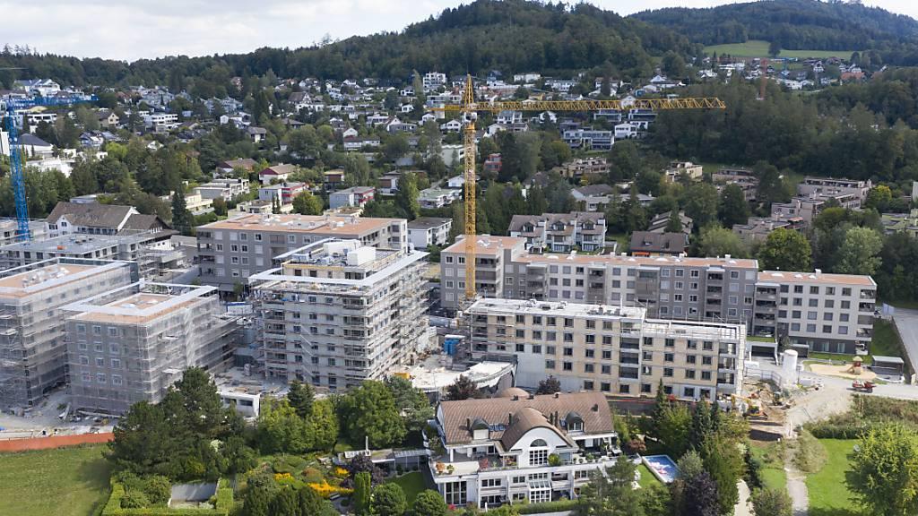 Der Immobilienmarkt in der Schweiz befindet sich gemäss den UBS-Ökonomen wieder im Blasenbereich. (Archivbild)