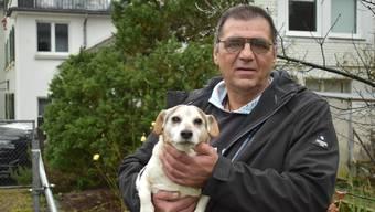 Trüffelpapst Zoran Martinovic mit Bucko, einem seiner drei Trüffelhunde.