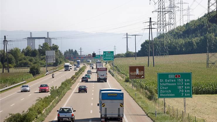 Auf dem A3-Abschnitt zwischen Augst und Rheinfelden Ost sollen in beiden Richtungen die Pannenstreifen als Verkehrsstreifen freigegeben werden.