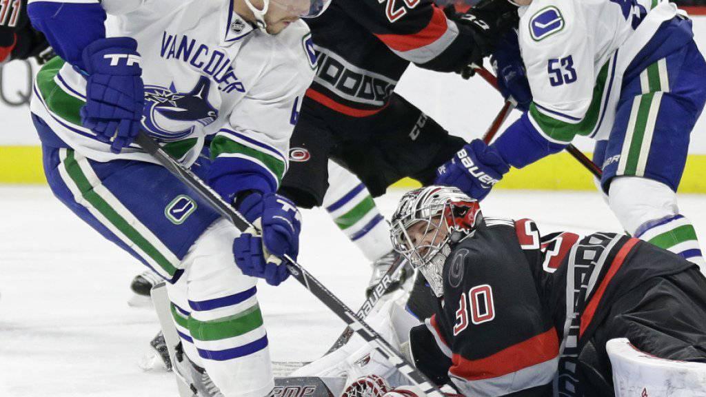 Da war die Welt für die Vancouver Canucks noch in Ordnung: Stürmer Sven Bärtschi trifft im ersten Drittel zum 1:1