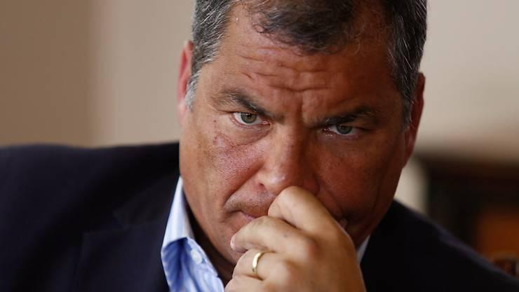 Der ehemalige Präsident Ecuadors, Rafael Correa, muss sich vor Gericht wegen Korruption verantworten. (Archivbild)
