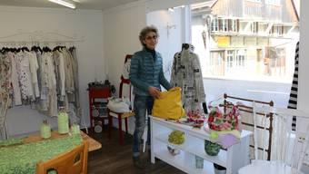 Will sich in Frick etablieren: Jacqueline Epp mit ihrem Secondhand-Laden für Bekleidung.