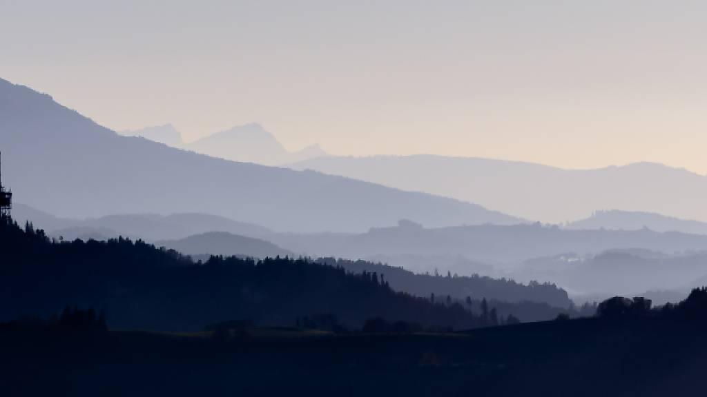 Auf dem Bantiger bei Bern blies Sturmtief «Luis» bereits am Samstagmorgen mit über 110 km/h. (Archivbild)