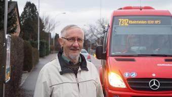 Urs Jost freut sich, dass der Stadtbus neu über den Kapuzinerberg verkehrt.