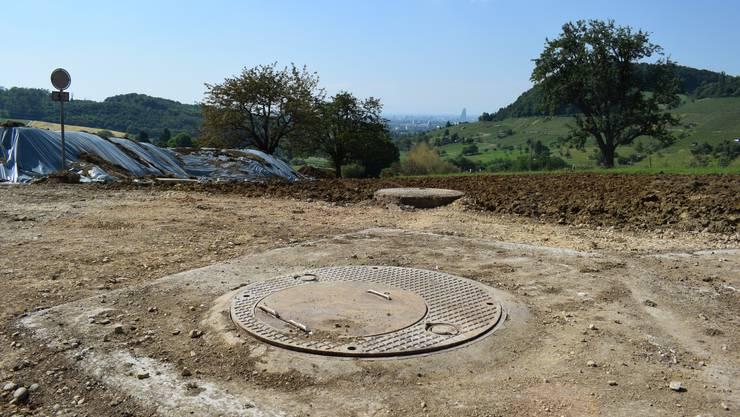 In Muttenz brach dieses Bohrloch auf. Eine Salzwasser-Fontäne ergoss sich im Gebiet Sulz. Der Geysir war bis zu 25 Meter hoch.