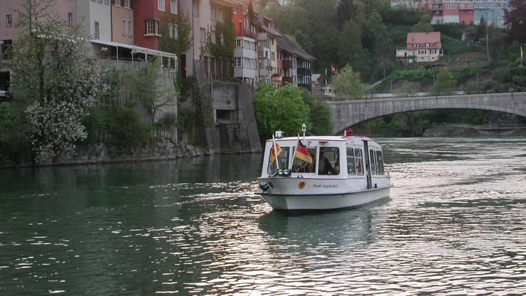 2. Flussfahren auf dem Rhein.