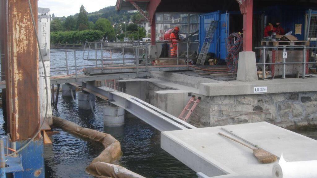 An der Station Seeburg in Luzern halten wieder Schiffe